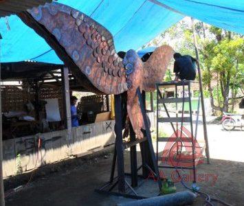 Patung Tembaga Gagak Winangsih di Indramayu